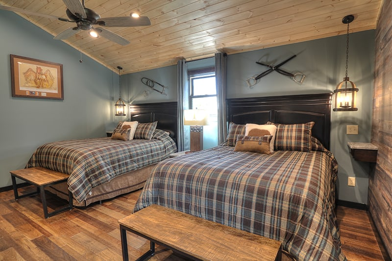 cabin-95-oak-haven-10