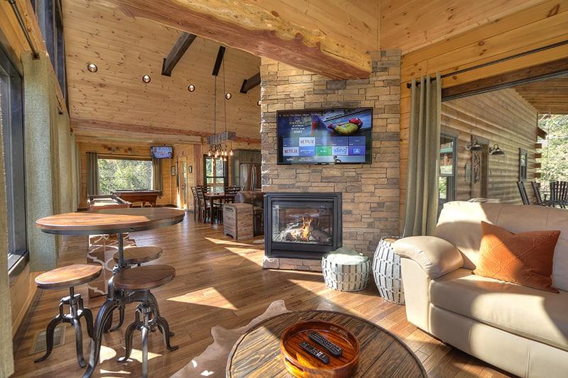 cabin-95-oak-haven-16